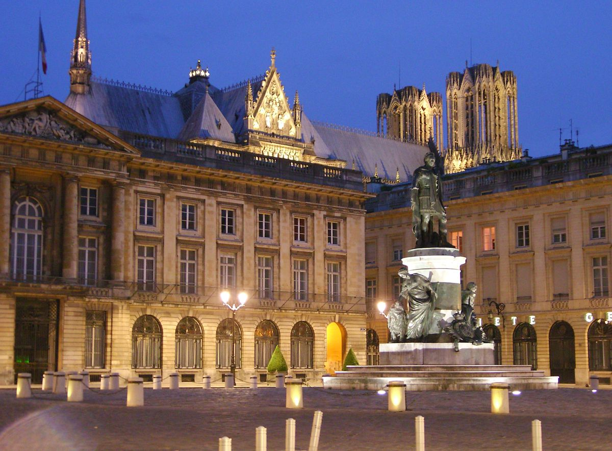 Reims site officiel du tourisme en champagne ardenne - Piscine reims ...
