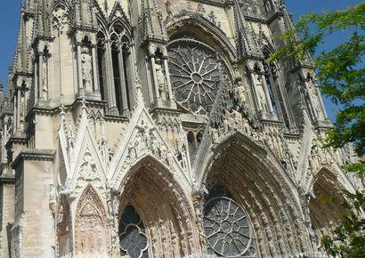 Motortocht: De Montagne de Reims en de Chemin des Dames