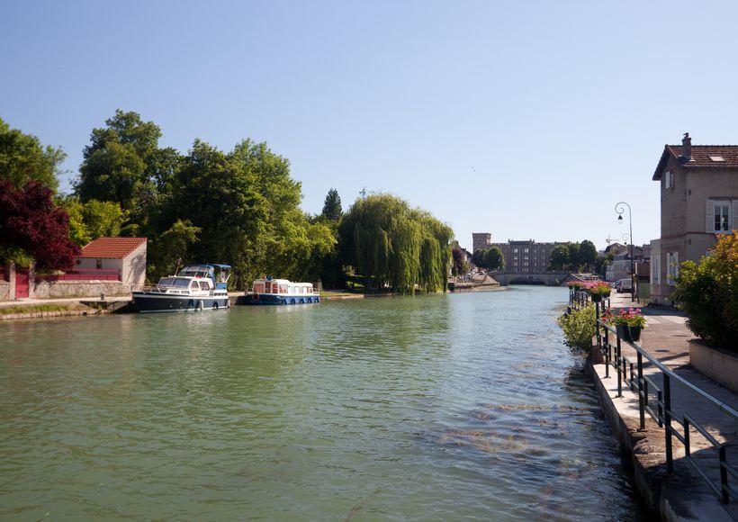 Motortocht: Langs het kanaal van Bourgogne